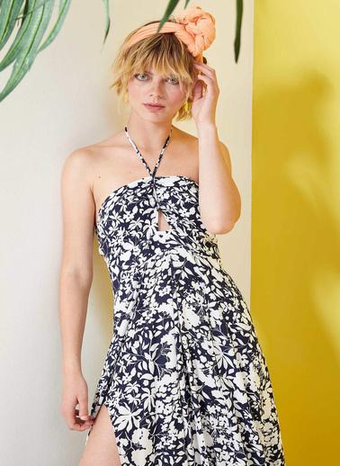 DeFacto Çiçekli Omzu Açık Plaj Elbisesi Lacivert
